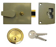 Union 1038 - Auto Deadlocking Night Latch (60mm, Champagne, Polished Brass)