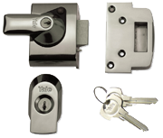 Yale PBS2 - Auto Deadlocking Night Latch (40mm, Polished Chrome)