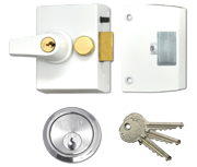 Thumbnail of Union 1097 - Auto Deadlocking Night Latch (40mm, White, Satin Chrome)