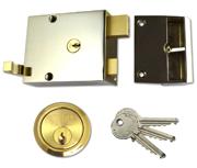 Union 1332 - Double Throw Drawback Night Latch (60mm, Polished Brass)