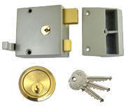 Union 1334 - Double Throw Drawback Night Latch (50mm, Champagne, Polished Brass)